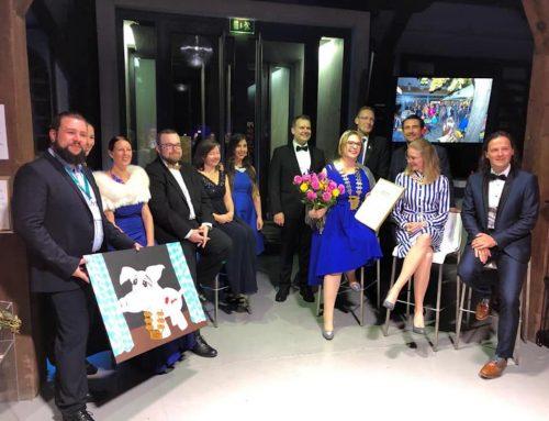 Marlen Wehner mit goldener Juniorennadel der Wirtschaftsjunioren geehrt