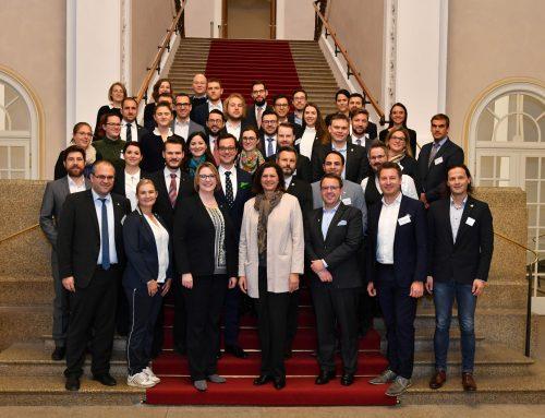 Feste Tradition im Landtag: 25 Jahre Know How Transfer der Wirtschaftsjunioren Bayern